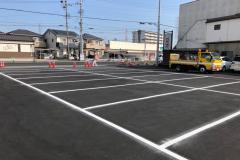 某企業様駐車場区画線工事